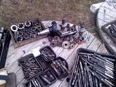 Инструмент б/у: Свёрла,фрезы,плашки,метчики, ток.р